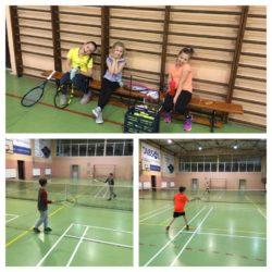 Dzieciaki nie zwalniają tempa i z uśmiechem na twarzy zgłębiają tajniki tenisa 🙂